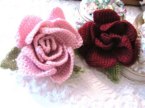 Katty's Cosy Cove Beautiful Crochet Flower Accessory