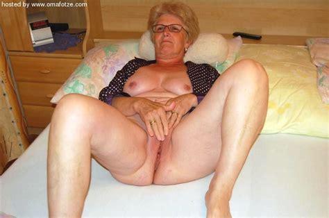 old amateur grannies