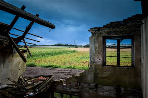 Verfallenes Haus Foto & Bild  Marode, Fenster, Lost
