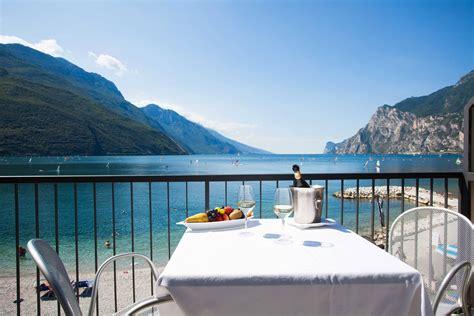 terrazza sul lago di garda ristoranti panoramici lago di garda stufa a pellet