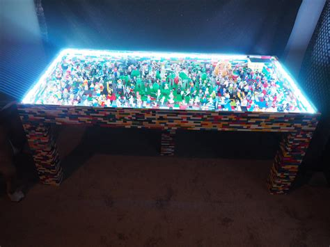 light up legos lego light up table is also a minifig technabob