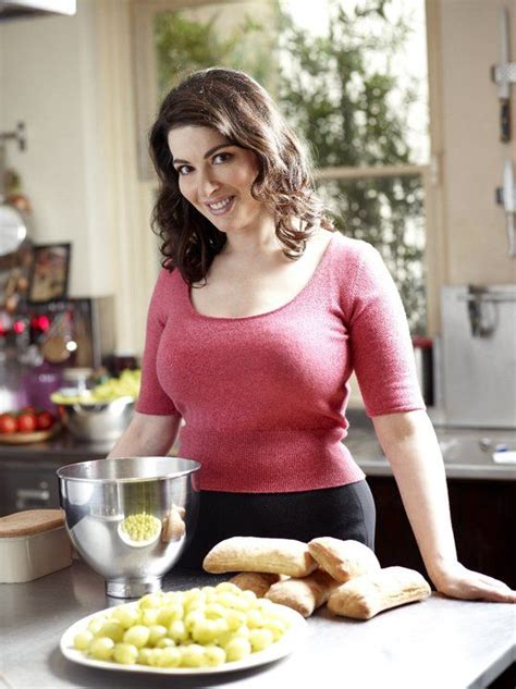 cuisine tv nigella nigella lawson never trust a chef and i you giada de laurentiis recipes