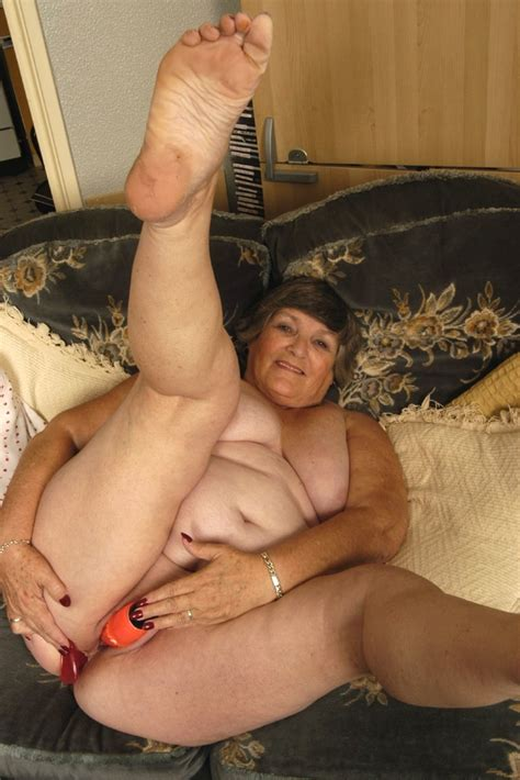 Extreme old fat granny stuffing all her aged holes with dildos - Pichunter