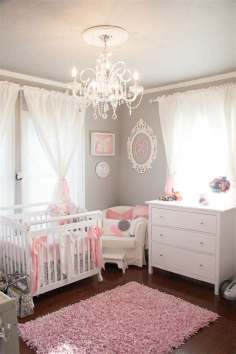 deco de chambre bebe fille décoration pour la chambre de bébé fille archzine fr
