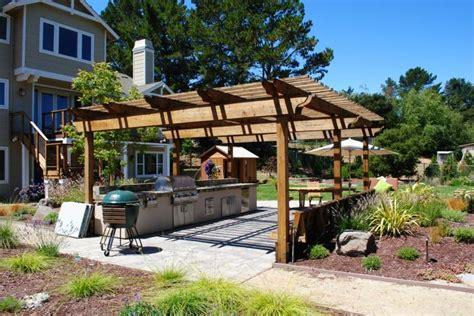 cuisine d été couverte cuisine extérieure été 50 exemples modernes pour se faire une idée