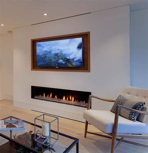 Fireplace With Tv Above by Recessed Tv Above Fireplace Living Room In 2019