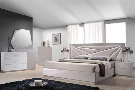 florence white light grey lacquer platform bedroom set