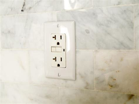 turn  electrical outlet hgtv