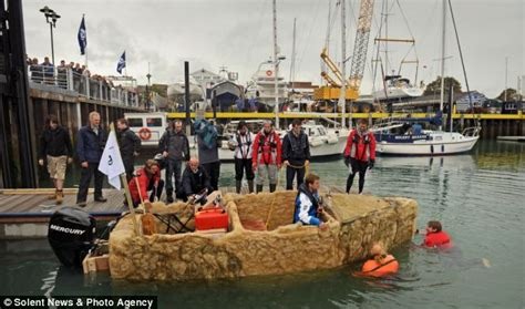 Boat Marina Fails by Boat Sinks At Sea After Presenters Ship Melts
