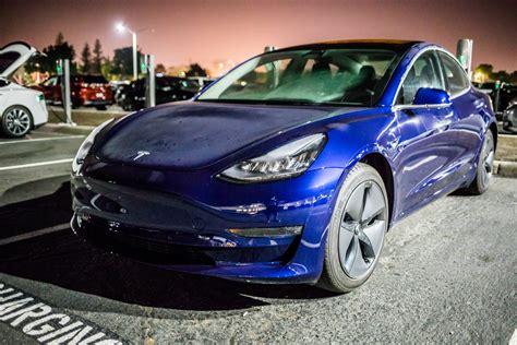 17+ Red Tesla 3 Aero Wheels PNG