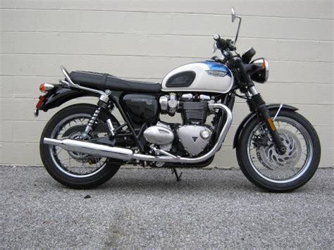 Triumph Bonneville T120 2019 by 2019 Triumph Bonneville T120 Chesapeake Cycles