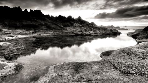 70 Hd Black And White Wallpapers For Free Download
