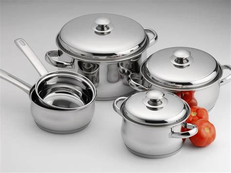 health risks  cookware   choose safe  healthy cooking pots health hazards