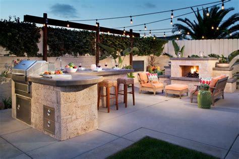 meubles de patio comment bien barbecue moderne et idées de cuisine extérieure pour l 39 été