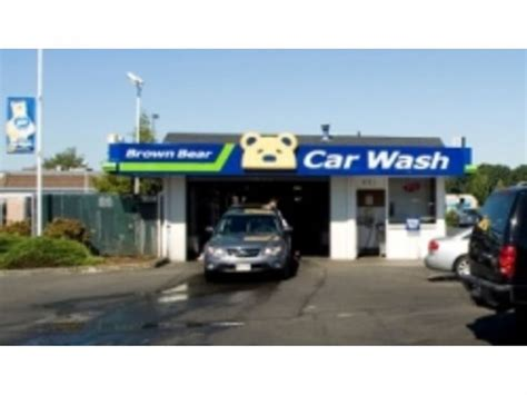 Brown Bear Car Wash Celebrates 60th Anniversary With Free
