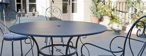 table salon fer forge salon de jardin table ronde fer forge qaland