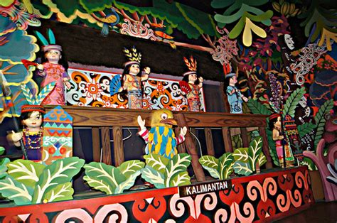 istana boneka flickr photo