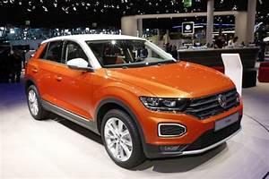 Volkswagen T Roc Lounge : prix volkswagen t roc 2017 tarifs et quipements du petit suv vw l 39 argus ~ Medecine-chirurgie-esthetiques.com Avis de Voitures