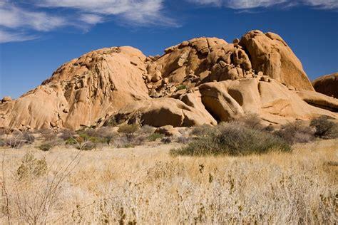 Namibia: dune, deserti e parchi alla ricerca dei Popoli - Viaggi, vacanze e turismo: Turisti per ...