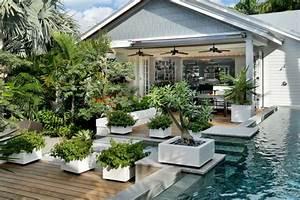 Schöne Terrassen Und Gartengestaltung : moderne gartengestaltung beispiele pflanzk bel als akzent ~ Sanjose-hotels-ca.com Haus und Dekorationen