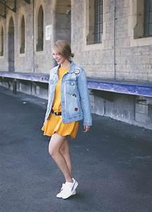 Kleid Mit Jeansjacke : outfit kleid senfgelb jeansjacke mit patches puma basket heart weiss 4 lavie deboite ~ Frokenaadalensverden.com Haus und Dekorationen