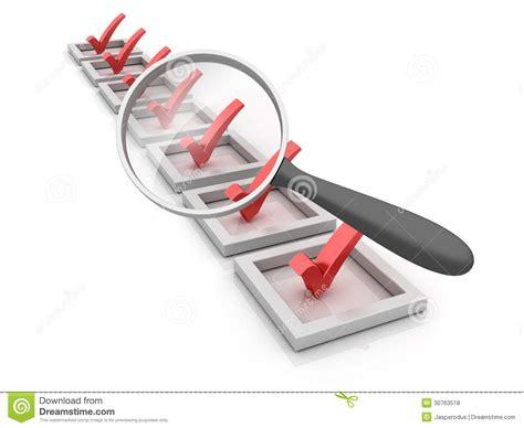le de bureau avec loupe liste de contrôle avec la loupe illustration stock image