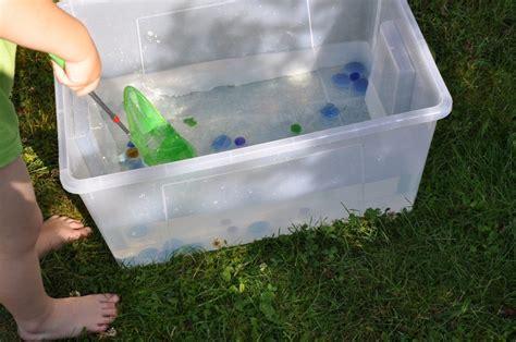 Spiele Mit Wasser Im Garten by Endlich Sommer Spielideen Mit Wasser Im Garten