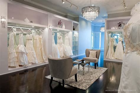 Should I Buy A Used Wedding Dress? 4 Things To Consider