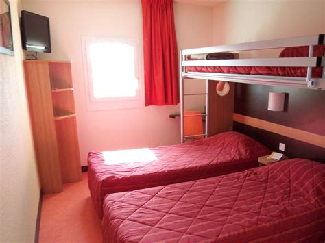 premiere classe chambre hôtel première classe tourisme calvados
