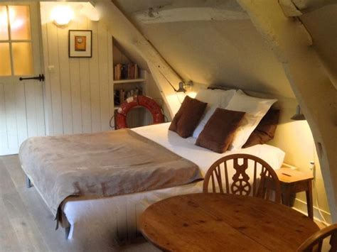 chambres d hotes a honfleur chambre hotes honfleur location chambres d 39 hôtes de