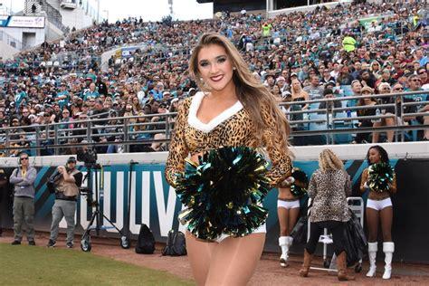 My favorite thing about jacksonville is, of course, the jacksonville jaguars! Jacksonville Jaguars Cheerleaders, The ROAR - Part 2