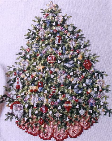 ursula michael old fashioned christmas tree picture