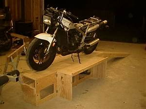 2 Sheets plywood workstand