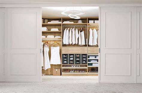 Kleiderschränke Für Schrä by Kleiderschrank Lutz Bestseller Shop F 252 R M 246 Bel Und