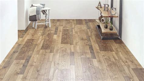 China Manufacturer of Random Width Laminate Flooring, 12Mm