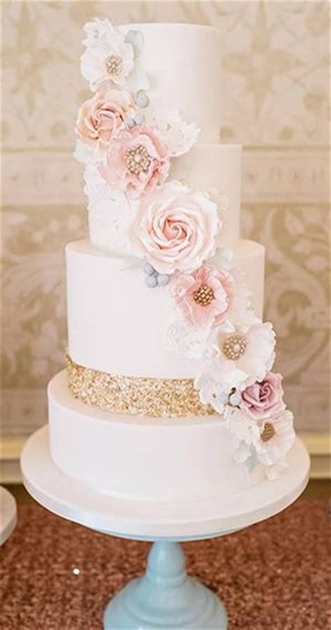 wedding cake trends dipped  lace