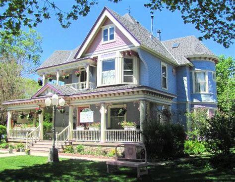 Iowa House Hotel - blue inn b b and tea house 123 1 3 0 updated