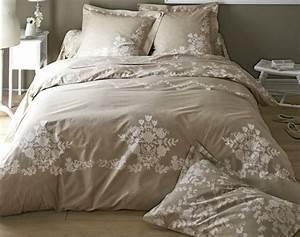Couette D Été Ikea : linge de lit fleurs effet dentelle becquet ~ Melissatoandfro.com Idées de Décoration