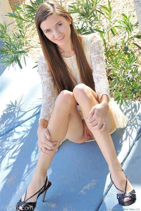 Skinny Teen Girl Public Nudity Pichunter