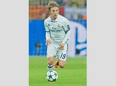 Ryan Giggs I would love Real Madrid's Luka Modric to join