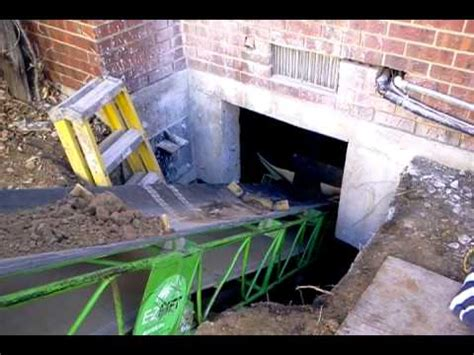 Digging Out A Crawl Space Denver Youtube