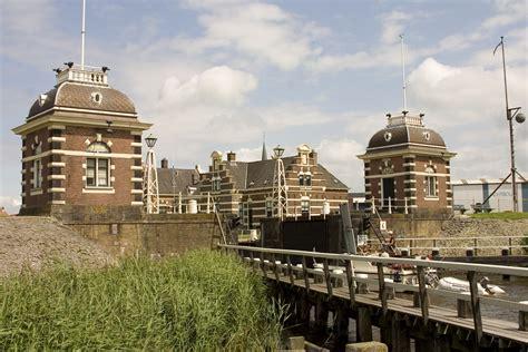 Ligplaats Lemmer by Ligplaats Boot Tacozijl De