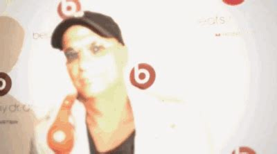 beats by dr dre beatsmusic gifs find on giphy