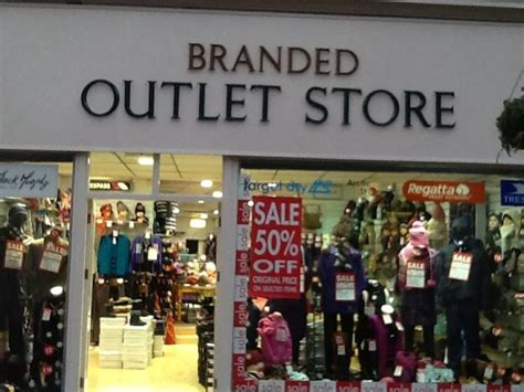 28 best christmas outlet store springfield christmas