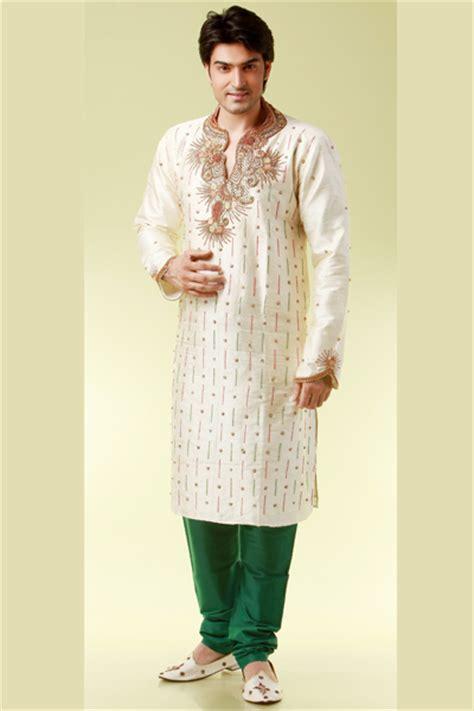 Latest Pakistani Mehndi Dresses For Men | 2017 Mehndi Dresses Men