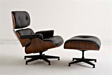 Poltrona Charles Eames Con Pouf