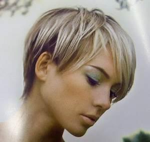 Coiffure Blonde Courte : modele coiffure cheveux courts ~ Melissatoandfro.com Idées de Décoration