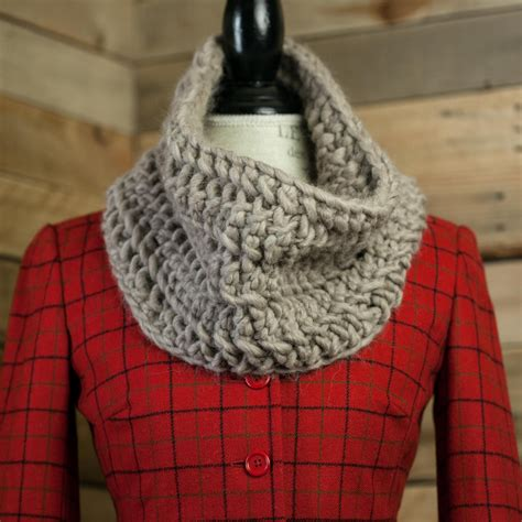 loom knit cowl pattern chunky lace cowl pattern