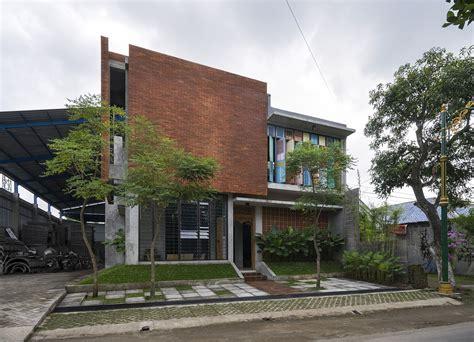 architecture house design vintage wooden panels brick and ingenuity graha lakon
