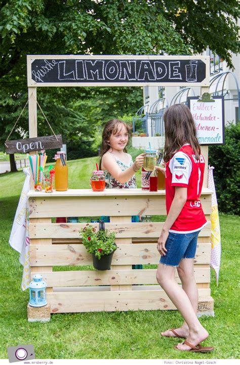 diy limonadenstand aus europalette bauen kinder